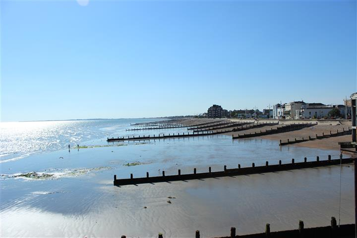 -the_seafront_from_the_pier_looking_west.jpg